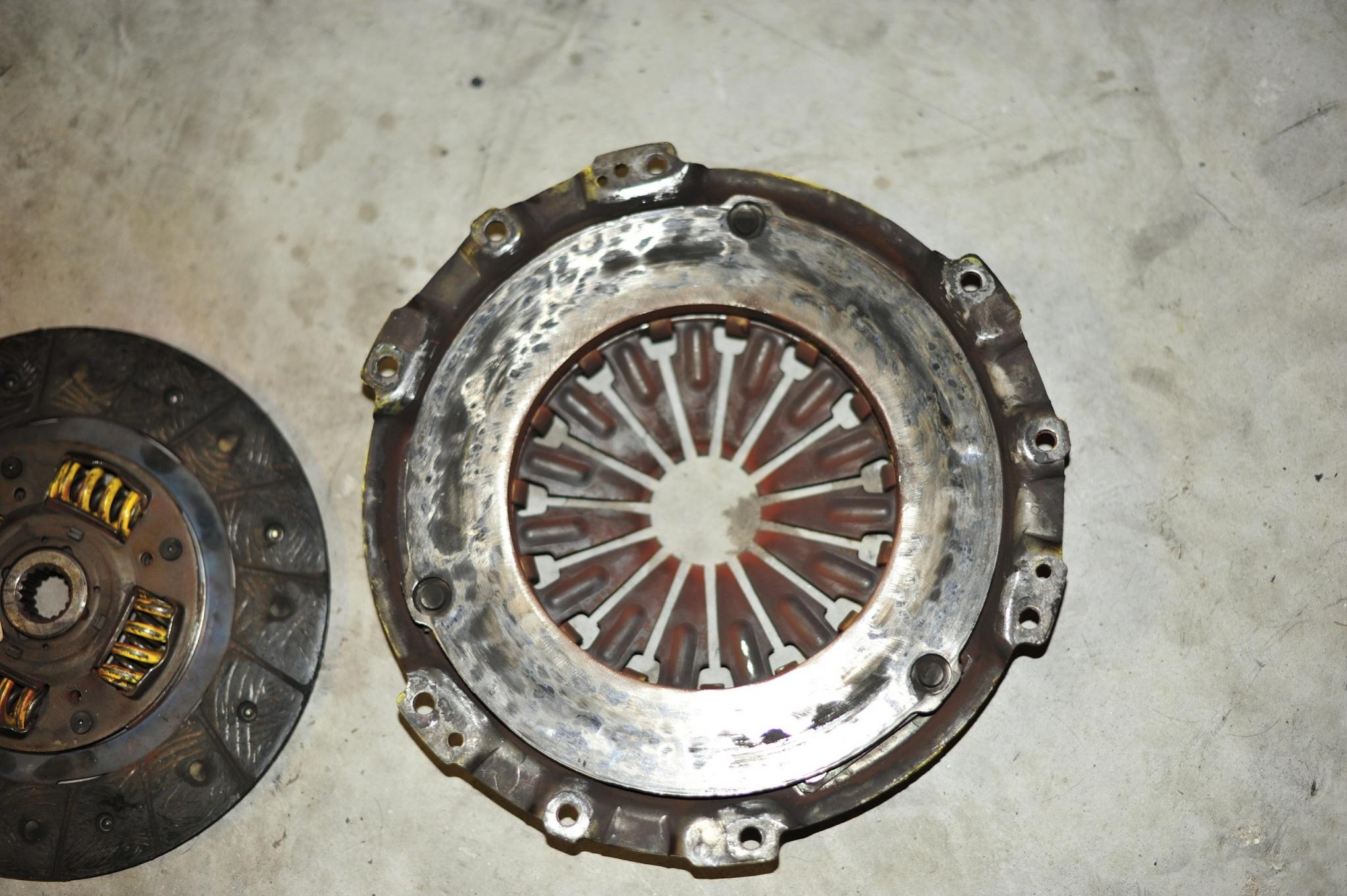 Possible warped flywheel or Pressure Plate-_mbp5820.jpg