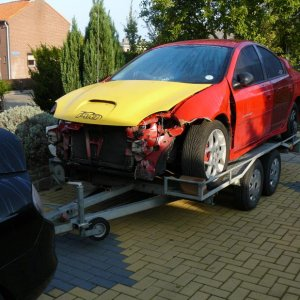 The arrival of a wrecked srt back in 2007, our (my brother and mine) first real SRT-4, to rebuild and make it the best looking srt-4 ever!